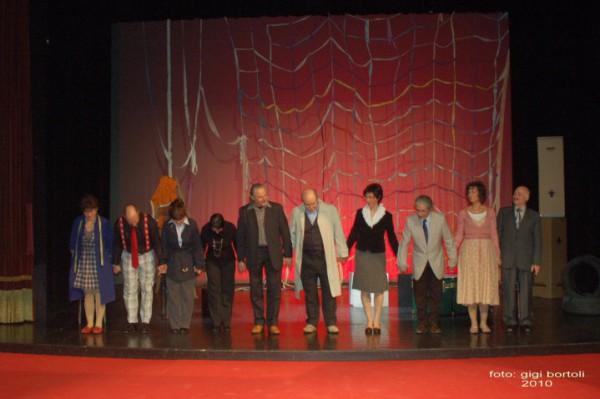 l-assassino-e-in-teatrosipario-amico2010027